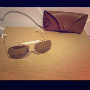Ray-Ban Women Aviator Sunglasses 56mm - Gold Frame